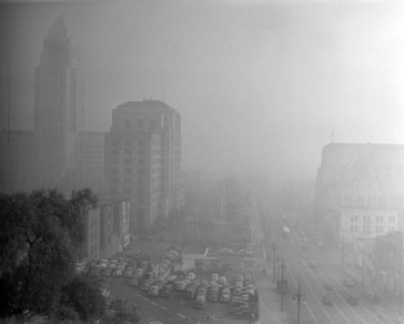 Los-Angeles-Smog-in-19431