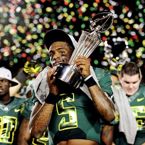 Darron Thomas celebrating Oregon's first rose bowl win in 95 years. This was also the third BCS appearance in three years.
