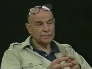 Bud Greenspan always appeared on film and interviews with his glasses on his forehead, begging the question what his forehead&#039;s vision was without 20/20 lens correction?