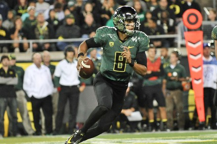 Marcus Mariota showed glimpses of greatness, and signs of being a work-in-progress