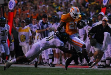 Eddie Pleasant forces WR Da&#039;Rick Rogers out of bounds in 2010