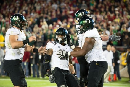 Running back LaMichael James played a key role in Oregon's four-year BCS Bowl streak.