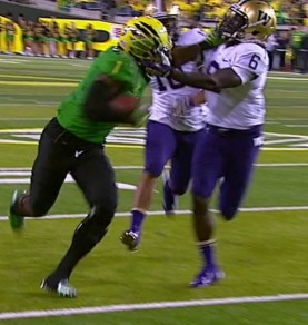Huff stiffs the Huskies for a TD