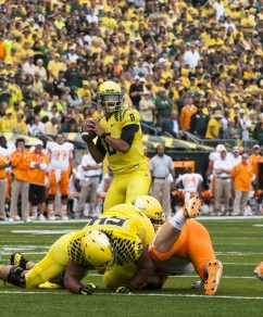 Marcus Mariota unloading another bomb against the Vols