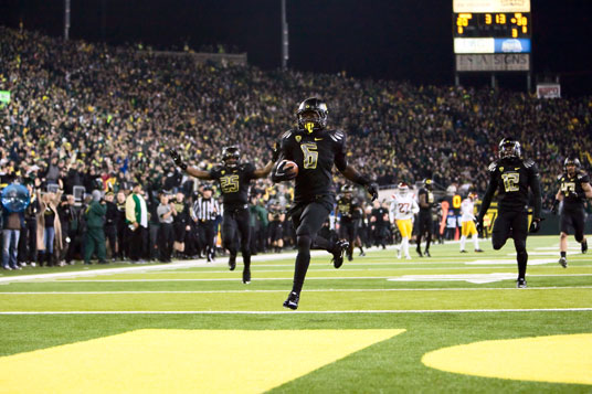 De'Anthony Thomas helped get Oregon back in the game against USC in 2011