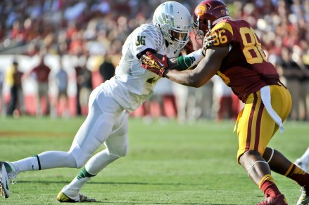 Dion Jordan switched from offense to defense during his Oregon career.