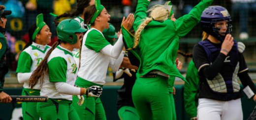 Oregonvs Washington softball 307