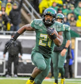 """""""Touchdown"""" Freeman is the first true freshman in Oregon history to rush for over 1,000 yards"""