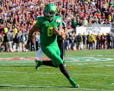 Mariota led the Ducks to 0 of 0 third down conversions in the third quarter.