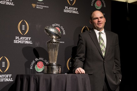 Oregon coach Mark Helfrich continues to perfect the Oregon football program.