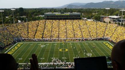 This is a much better angle of Autzen.
