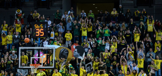 """Oregon's """"Pit Crew"""" has been known to force many errant free throws."""